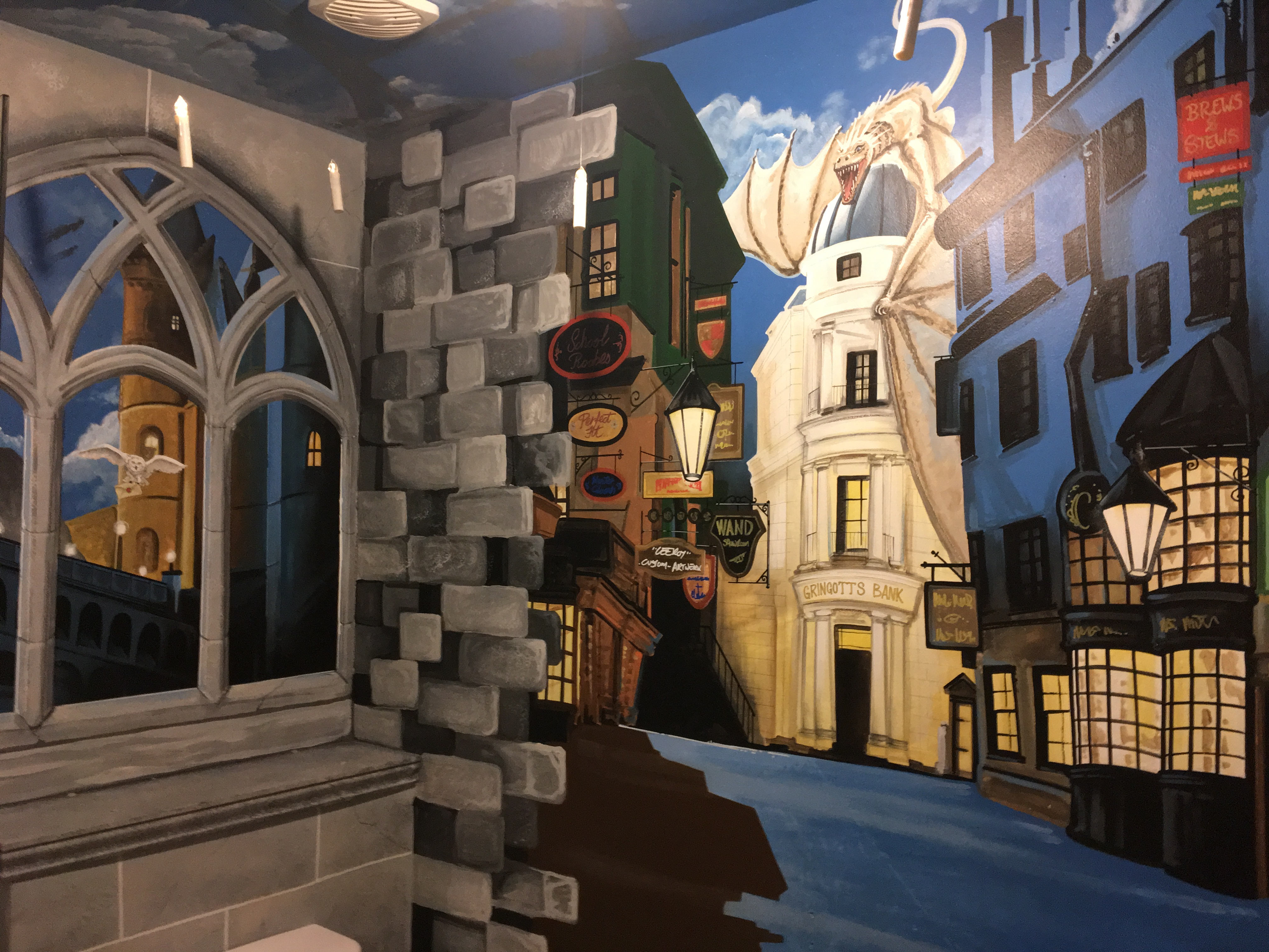 Diagon Alley Mural ( Harry Potter )