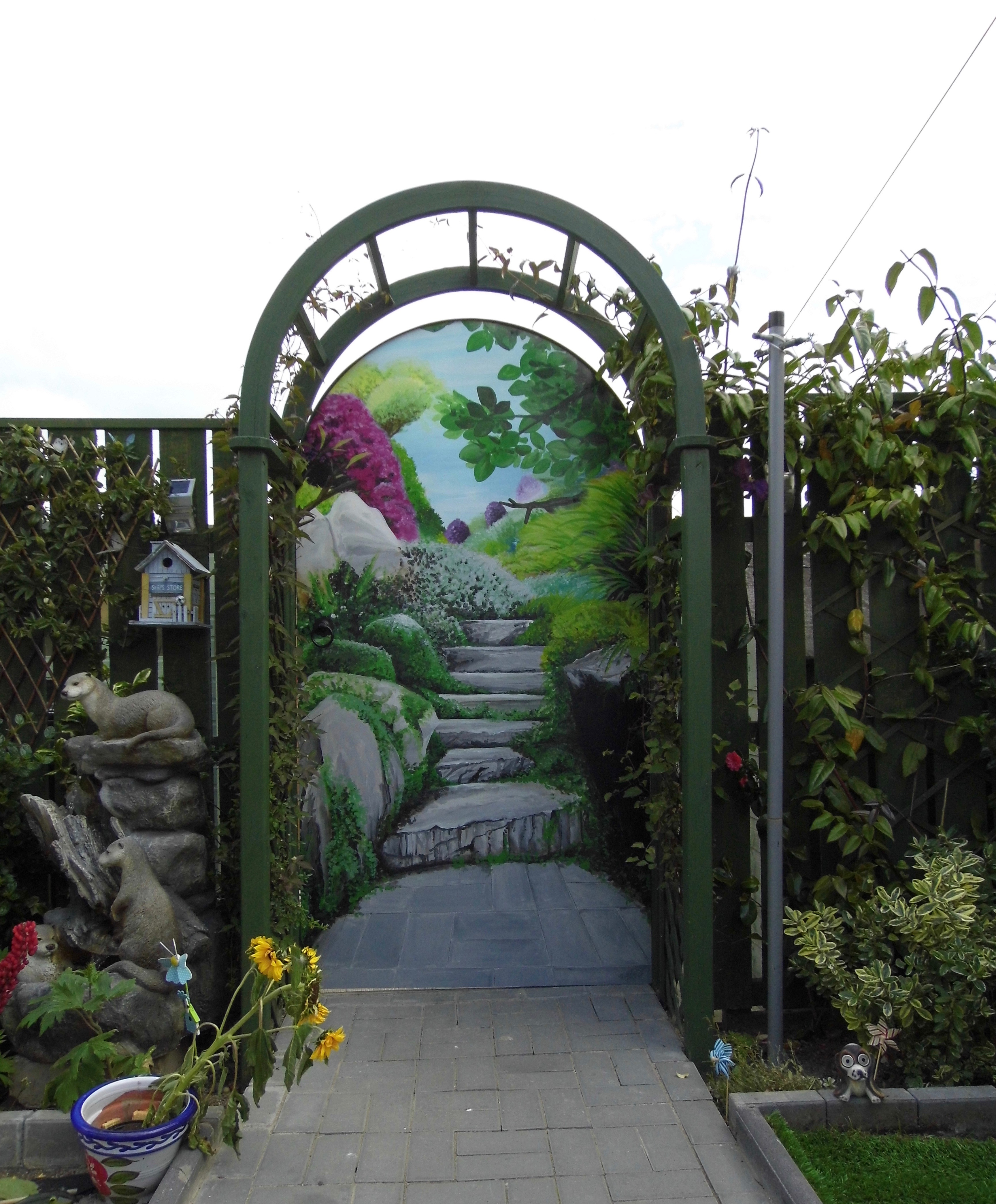 The Gate Outdoors Trompe l'oeil