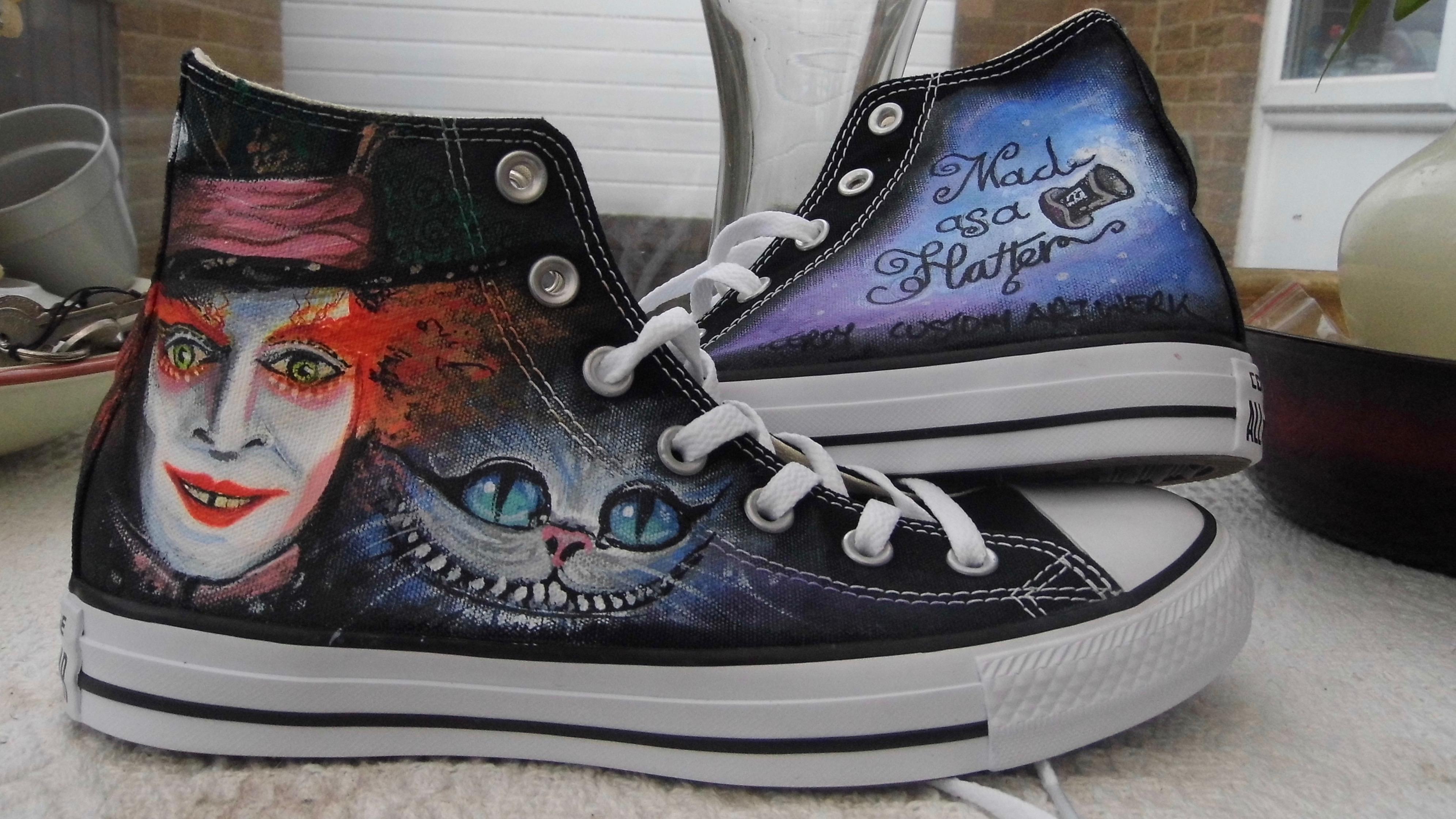 Custom Converse ( Tim Burtons Mad Hatter )