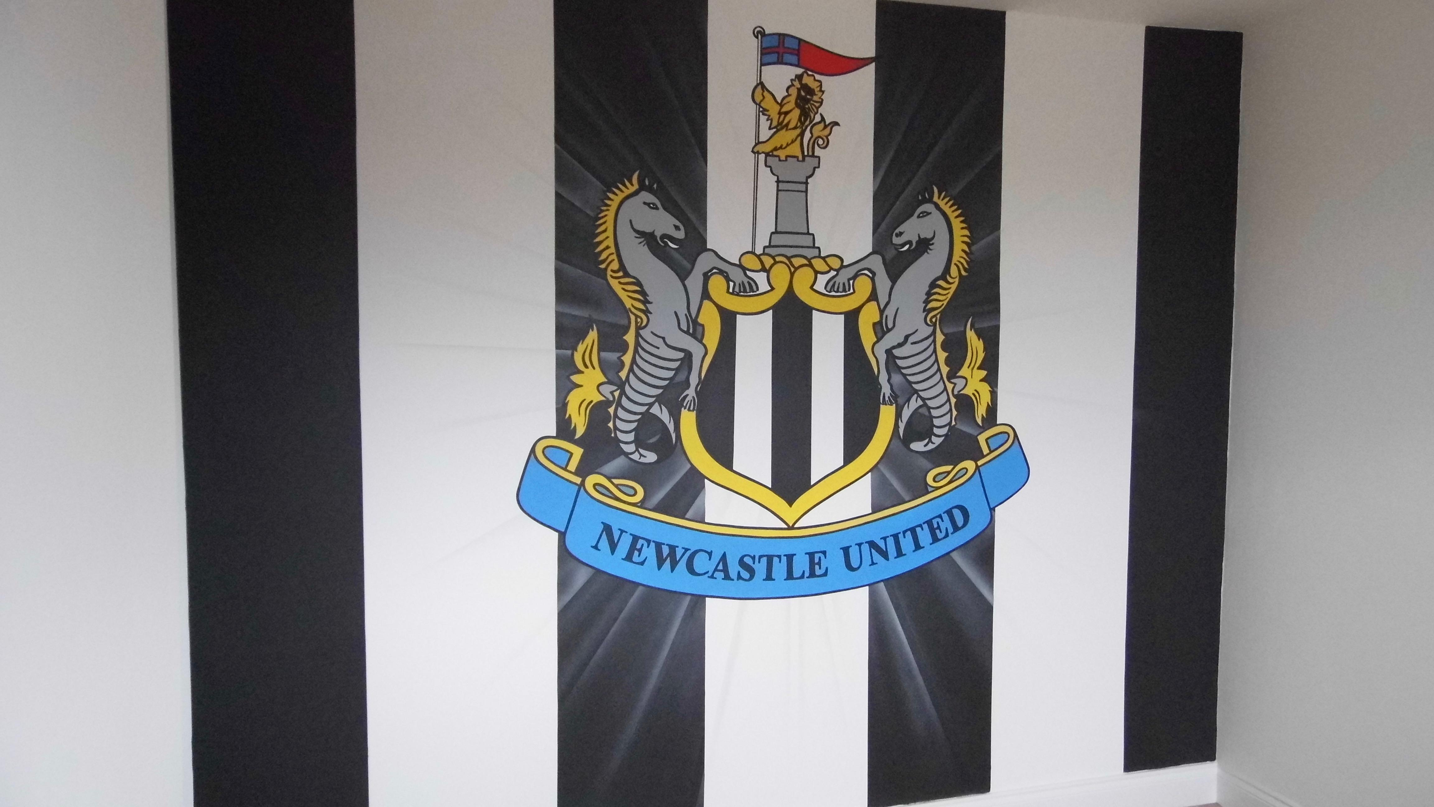 Newcastle NUFC Crest